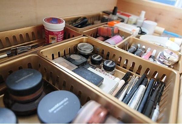 organizing the beauty products (1)