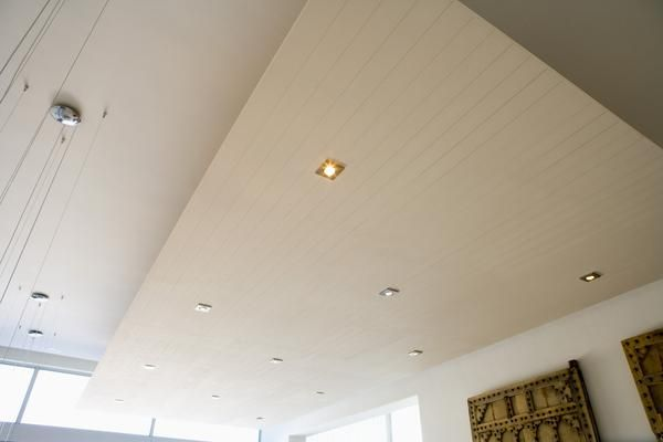 recessed lights in the ceiling 1