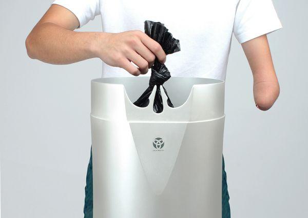 Pack Master trashcan 1