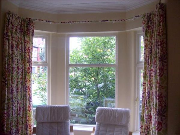 bay window with curtains (3)