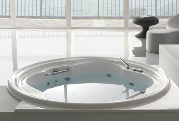 complement round bathtubs  (3)