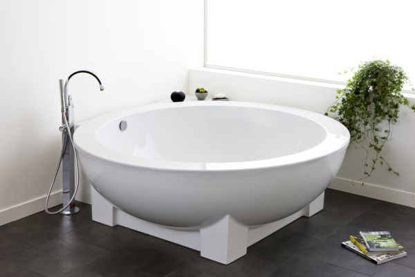 complement round bathtubs  (8)