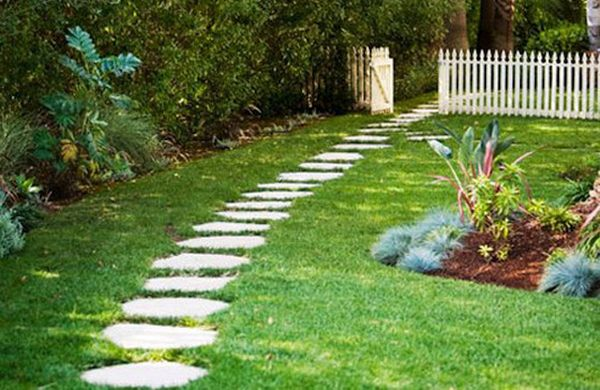 flagstone pathway (1)