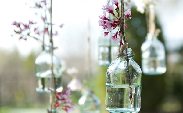 Hanging DIY vases
