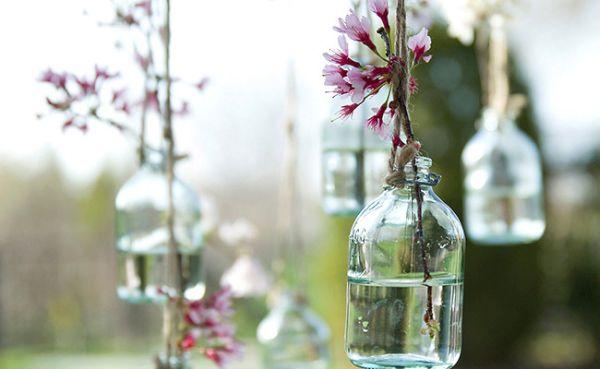 Hanging DIY vases