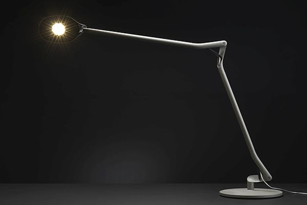 The ATO Desk Lamp  (2)