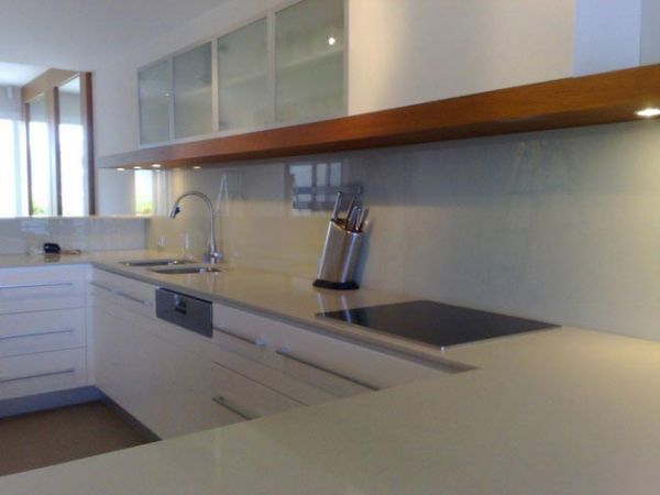 glass backsplashes (2)