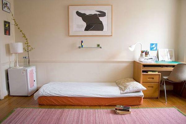 dorm room  (1)