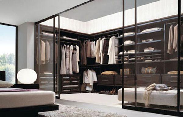 Walk-in Closet  (6)