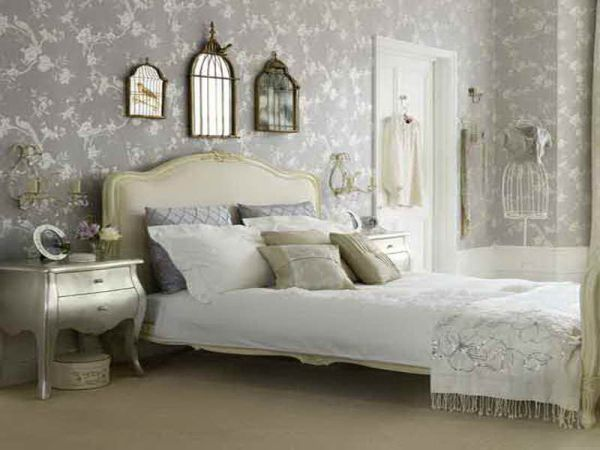 vintage-themed bedroom (6)