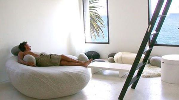 Livingstones Cushion
