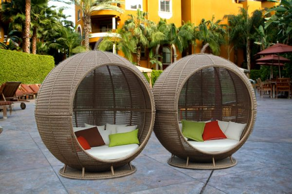 purchasing outdoor furniture (1)