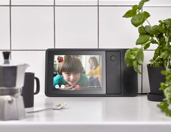 ily-is-a-smart-home-phone