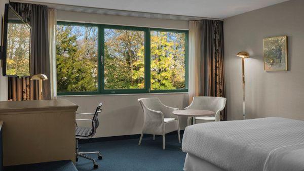 perfectly-hospitable-retreat-3