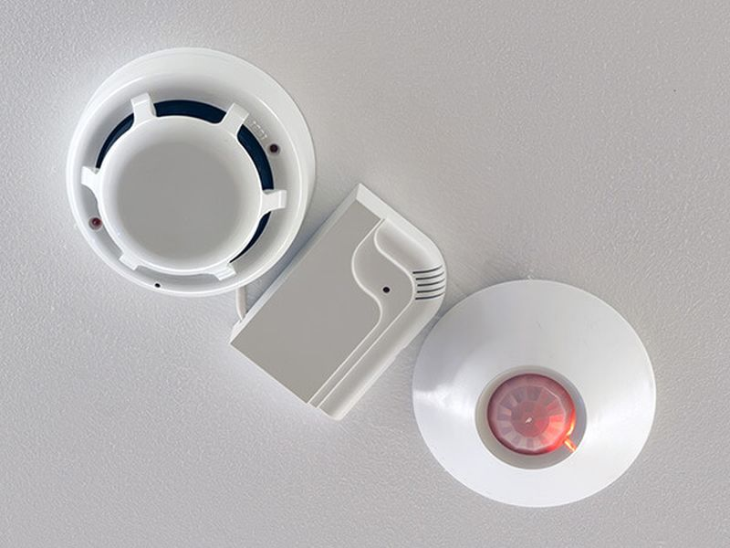 Smart fire sprinklers