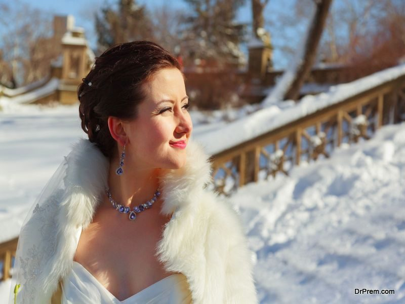 Accessorize-Your-Wedding-Gown