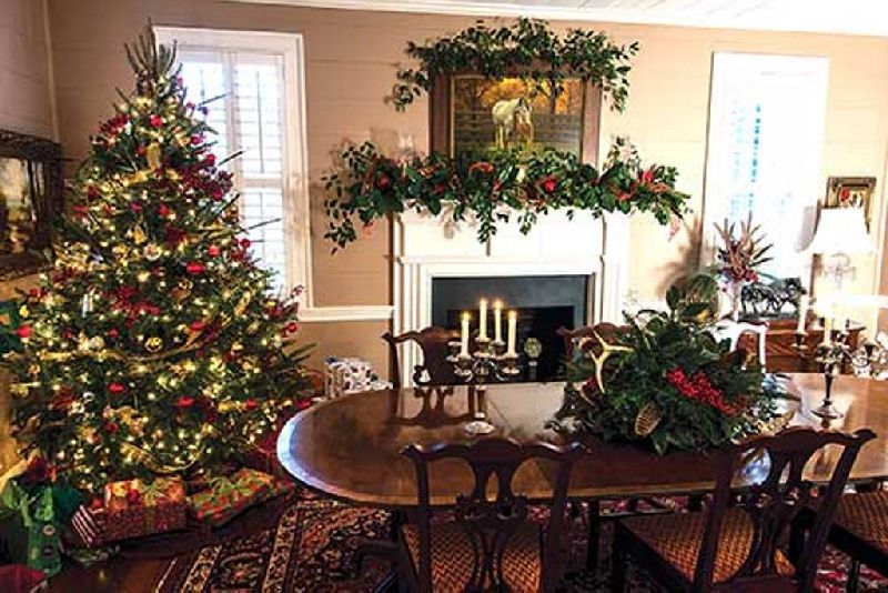 decorate your home this christmas with classic rustic christmas dcor - Rustic Christmas Decor