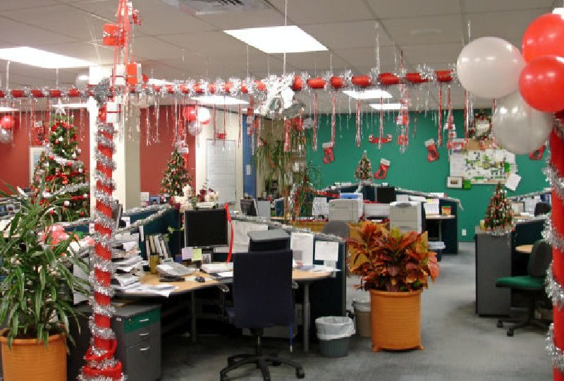 christmas decorating themes for office - Office Christmas Decorating Themes