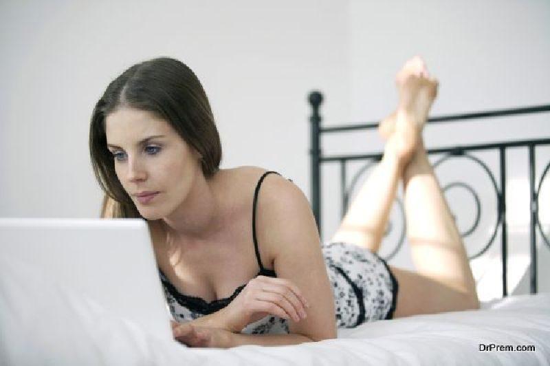 Buying-Furniture-Online
