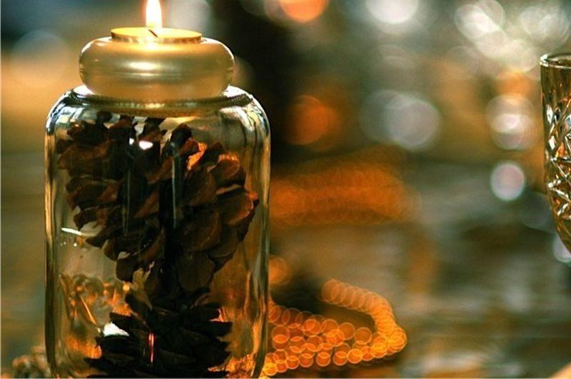 pinecone Mason jar candleholders