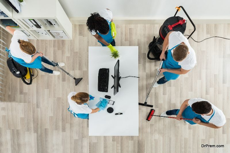 Hiring a Professional to de-clutter your house