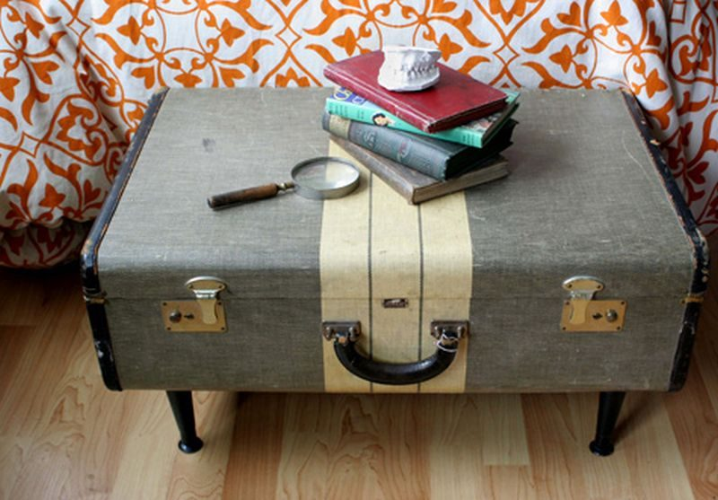 Old suitcase coffee table