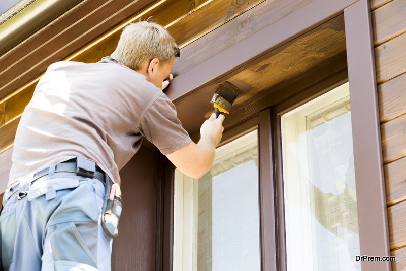 painting the trim of your exterior