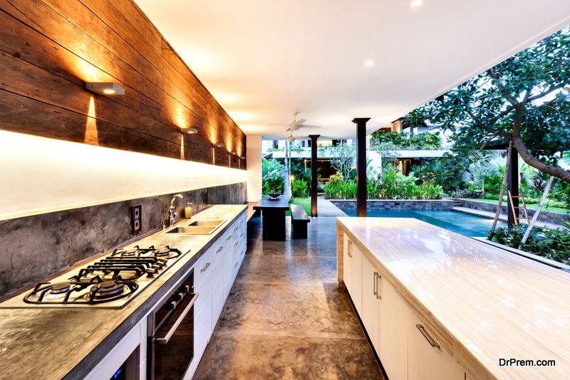 full-service outdoor kitchen