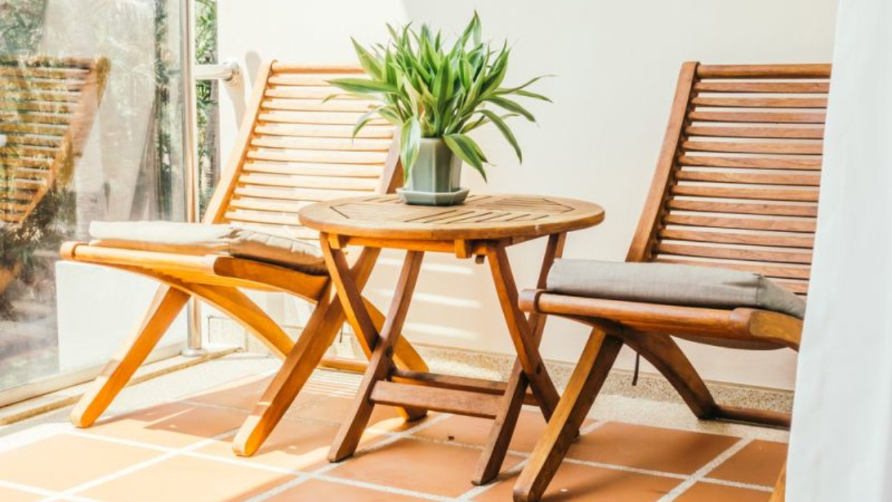 Garden Furniture Indoors Hometone