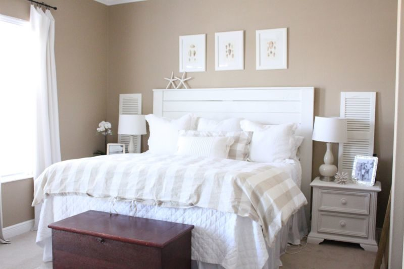 Headboard shiplap wall
