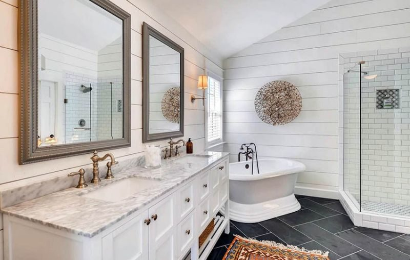 shiplap in bathroom