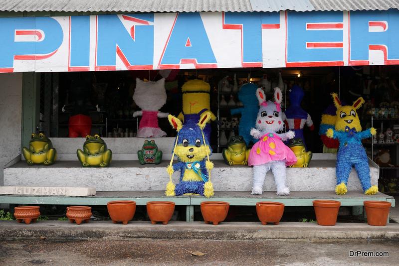 Bunny-Pinata-outdoor-Easter-decoration