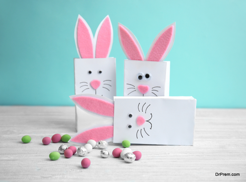 Easter-bunny-bags-table-decoration