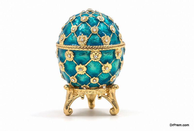 Pierced-ceramic-eggs