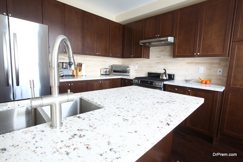 countertop-in-the-kitchen