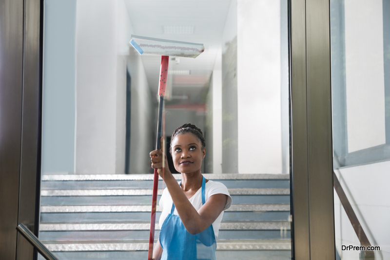Window and Glass Surface Cleaning
