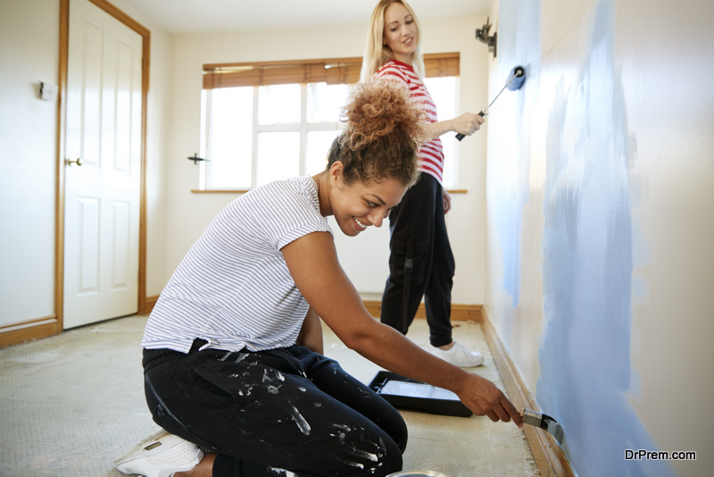 friends renovating home