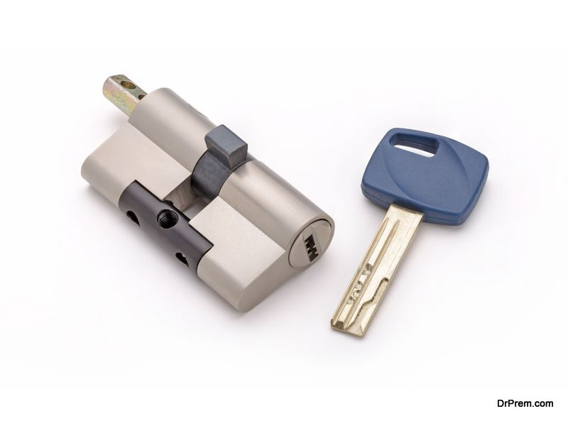 reconfiguring a lock to accept a new key