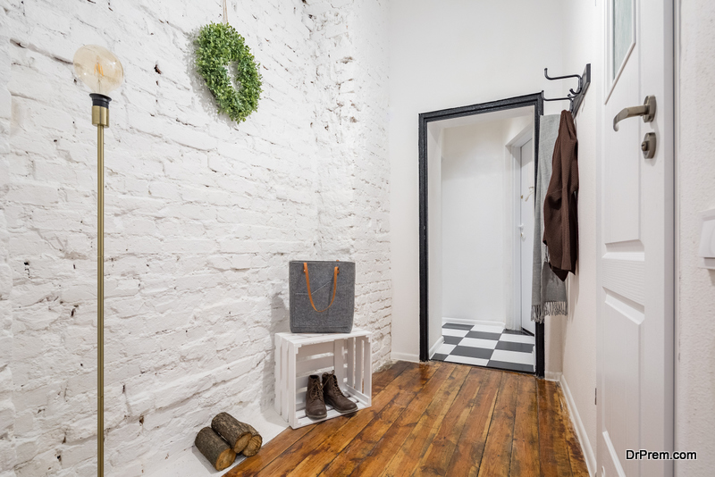 Entry Room decor