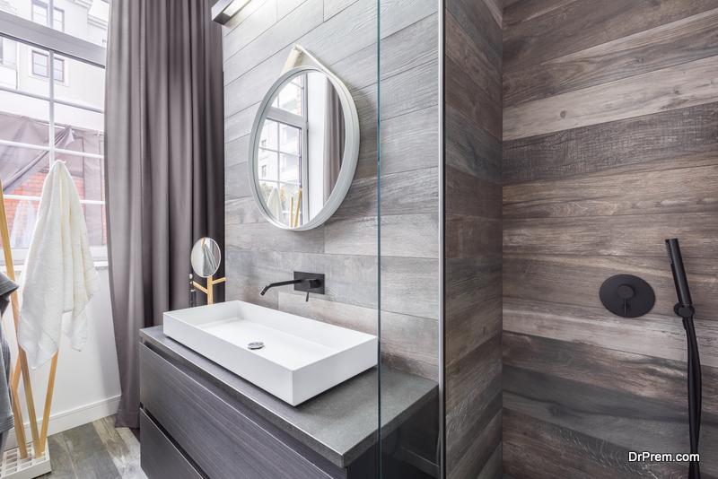 neutral tones in the bathroom