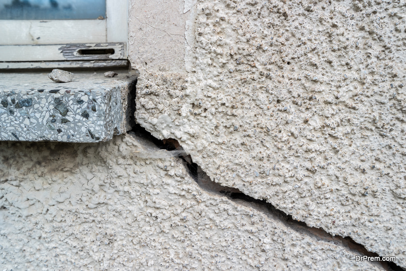 Exterior Signs of Structural Damage