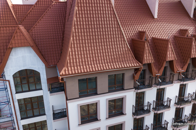 Flat vs. Pitched Roof