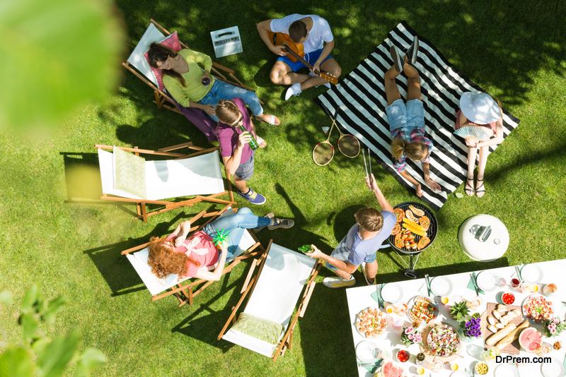 friends in outdoor area