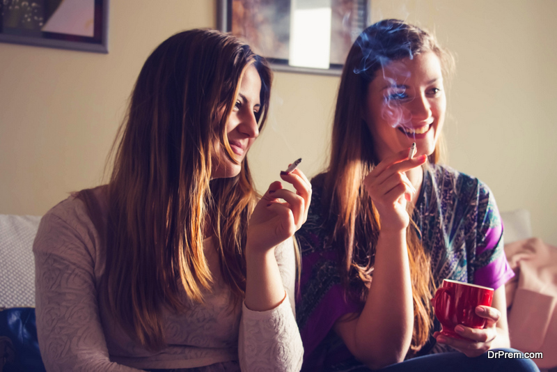 friends-smoking-at-home